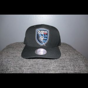 Mitchell and Ness San Jose Earthquakes Snapback